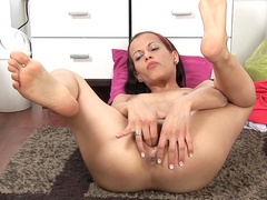 Sweet naked Natali demonstrated her naked body