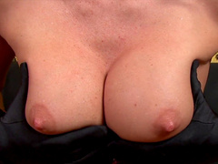 Jennifer Dark shows off her nice booty