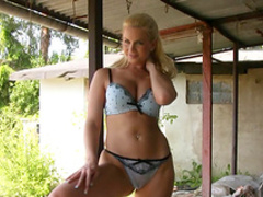 Young blonde Marketa is drilling her snatch