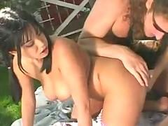Avena Lee, Alex Sanders