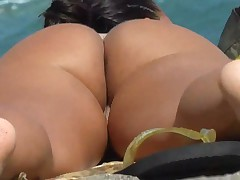 Sexy big butts on the nude beach