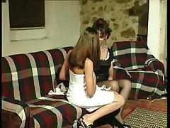 A lesbian affair of a Portuguese maid