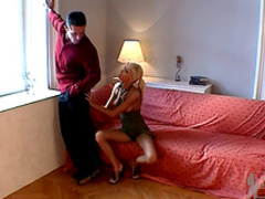 Blonde Nikky Blond gives a nice blowjob
