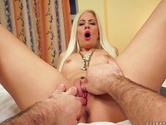 Smiling Jessica love to feel dick in her puss