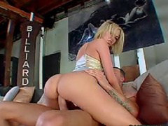 Blonde temptress wants cock