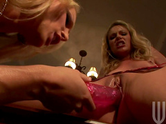 Diana Doll and Samantha Ryan are licking each other pusses