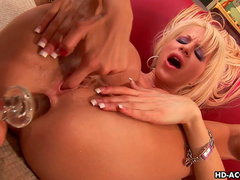 Clara G and Danielle Derek are two glamorous blondes