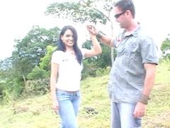Sensual dark-haired Latina Savanna Cruz makes an outdoor blowjob