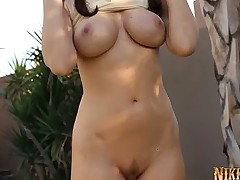 Nikki Nova Gives New Meaning to Mini Golf!