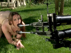 Slutty beauty Samantha Bentley and fucking machine