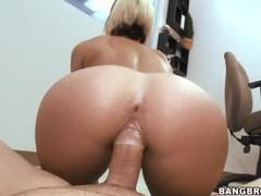 Super slamming a sexy slut