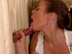 Bonnie Shai is fucking in her mouth through the hole