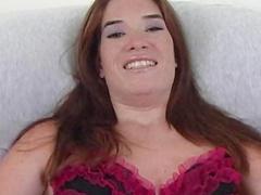 Slender babe MacKenzie Childs fingers her shaved pussy