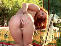 Outdoor posing with a pretty babe Denisa Heaven
