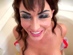American chick Jessica Jaymes suck it so sweet