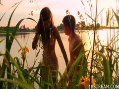 Teen fucking in the lake