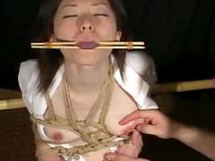 Japanese girl desires kinky bondage