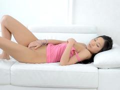 Asian beauty Sayuri is posing so freaking sexy