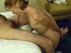 Slutty Women Blows Guy