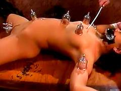 Tattooed master loves making her hurt