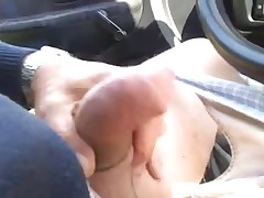 Amateur man masturbating until he blasts cum in the car