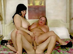 2 Large Tit BBWS Fuck Sexy Guy