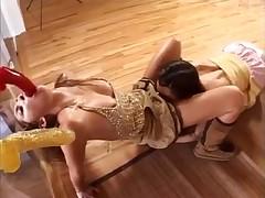 Dissolute Lesbian Babes Dildos&Anal Worship! -L1390-