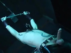 Latexmistress fully enjoyes her Fuckslave