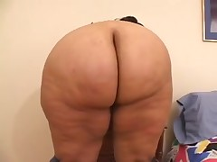 big beautiful woman Swarthy with heavy wazoo sucks