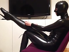 Latex Catsuit - Maske - Ballettstiefel - Korsett