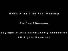Mae's 1St Time Foot Worship