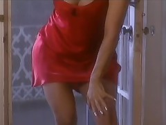 Rebecca Ferratti Striptease