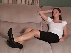 Secretary's smelly feet after work JOI
