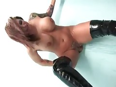 Excited Slut With LARGE Mambos! -L1390-