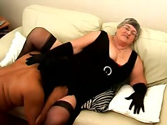 Granny loves darksome knob