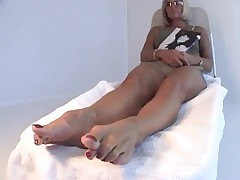 Sophia Older Feet