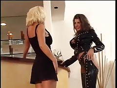 Bored Blond Hotty Calls Girlfriend For Lesbo Domnation