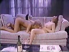 Retro lesbians in a sexy cunt licking porno video