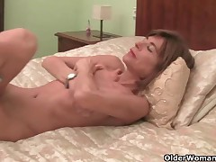 Very slender granny disrobes off and masturbates
