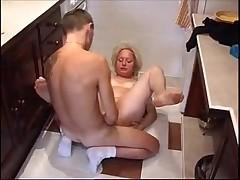 Old slut get some hardcore fucking on the kitchen floor