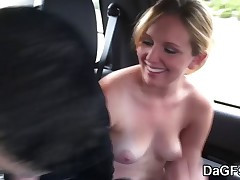 My Cute girlfriend backseat oral-stimulation