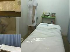 Lovely Japanese slut enjoys a sexy oil massage