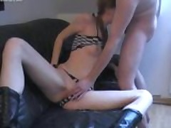 Homevideo of pigtailed slut taking it in her tight ass