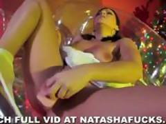 Natasha's Xmas Fingering Session