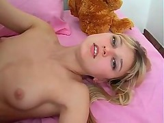 Pretty Blond babe JuvenileTeen Alisa