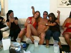 DRUNK GIRLS SUCKING & FUCKING WHILE FRIENDS WATCH