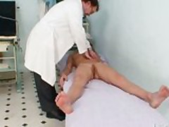 Vanesa extreme pussy gaping on gyno chair at kinky gyno clinic