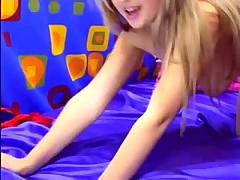 Fantastic Webcam Babe Dipping Her Fingers