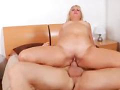 Hardcore Superannuated woman Andi Roxxx Fucks And Sucks