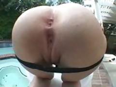 Alexa Von Tess shows off her Ass